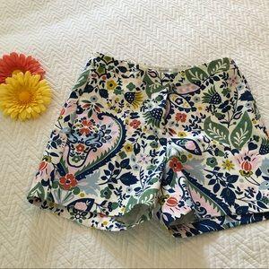 Adorable Boden Cotton Stretch Floral Shorts